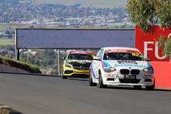 Luke Searle, Paul Morris, Barry Graham, BMW M135i Hatch F20