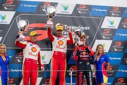 Podyum: Yarış galibi Fabian Coulthard, Team Penske Ford, 2. Scott McLaughlin, Team Penske Ford, 3. J