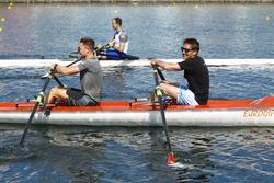 Stoffel Vandoorne, McLaren, Tom Clarkson row against Matt Morris, Engineering Director, McLaren