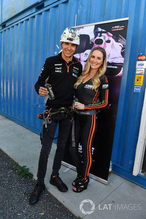 Esteban Ocon, Sahara Force India F1, mit Girl
