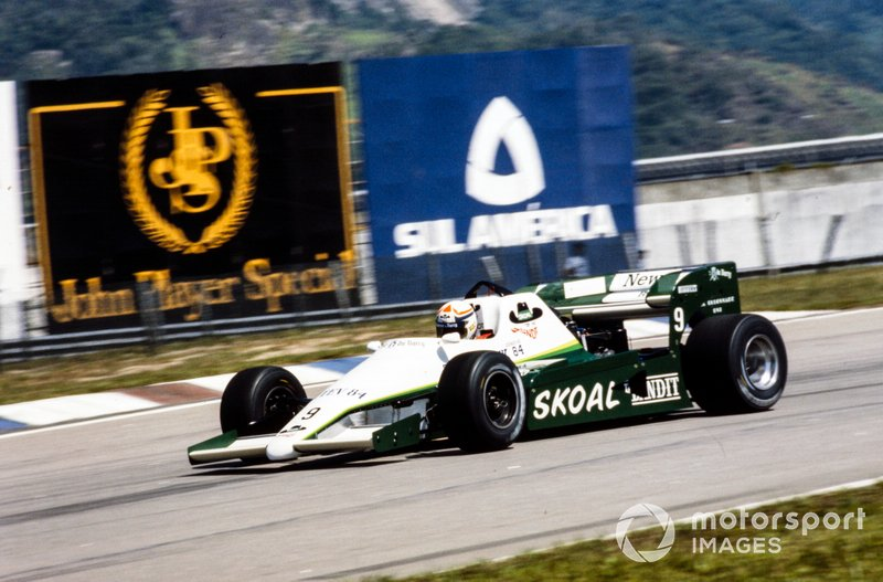 Philippe Alliot, RAM 02 Hart