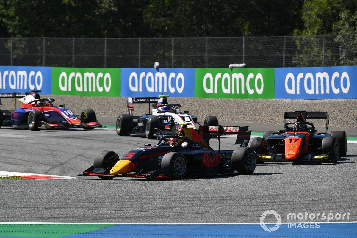 Liam Lawson, Hitech Grand Prix, precede Richard Verschoor, MP Motorsport, Alexander Smolvar, ART Grand Prix, e Lirim Zendeli, Trident