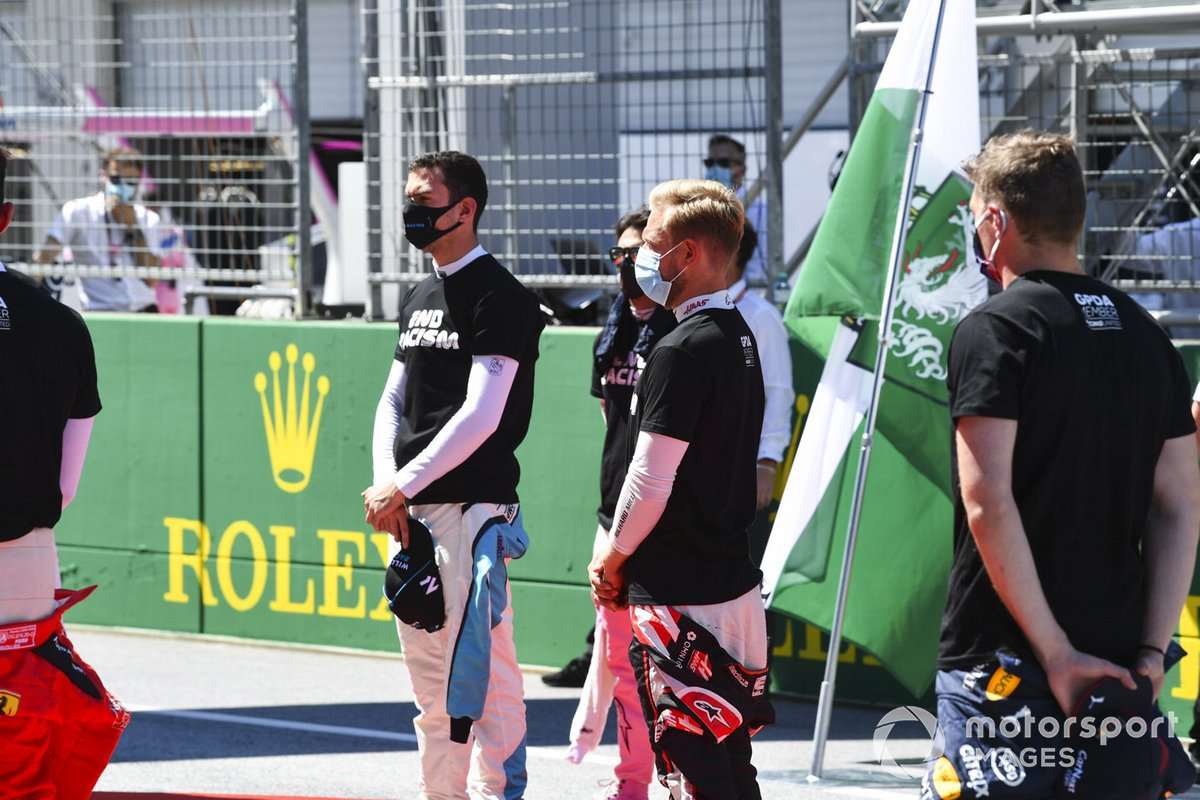 Nicholas Latifi, Williams Racing, Kevin Magnussen, Haas F1, y Max Verstappen, Red Bull Racing