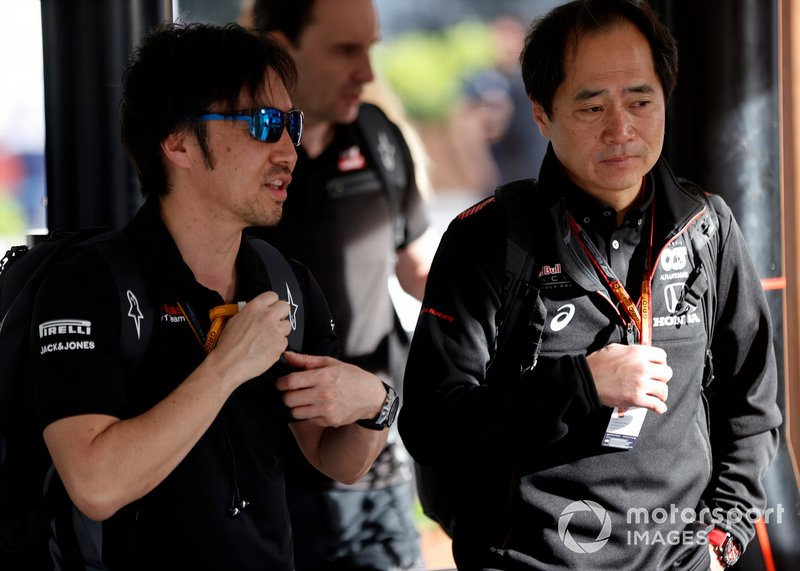 Ayao Komatsu, Chief Race Engineer, Haas F1 and Toyoharu Tanabe, F1 Technical Director, Honda arrive at the circuit