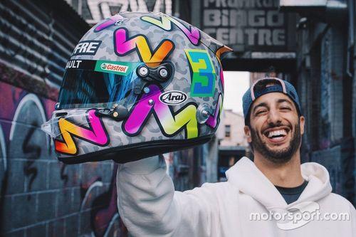 Presentación del casco de Daniel Ricciardo
