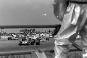 Jacky Ickx, Ferrari 312B2, Emerson Fittipaldi, Lotus 72D Ford, Ronnie Peterson, March 711 Ford