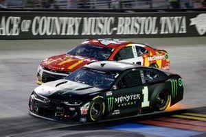Kurt Busch, Chip Ganassi Racing, Chevrolet Camaro Monster Energy and Matt Kenseth, Chip Ganassi Racing, Chevrolet Camaro McDonald's McDelivery