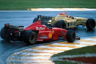 Rubens Barrichello, Jordan 196 battles with Michael Schumacher, Ferrari