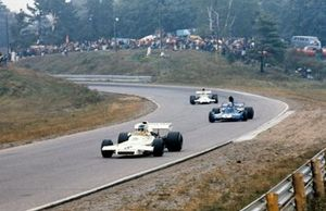 Carlos Reutemann, Brabham BT37 Ford precede François Cevert, Tyrrell 006 Ford