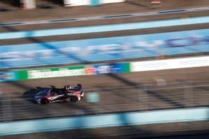Safety car y el piloto Bruno Correa
