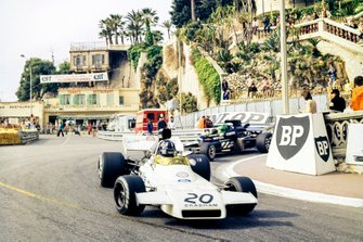 Graham Hill, Brabham BT37 Ford, Henri Pescarolo, March 721 Ford