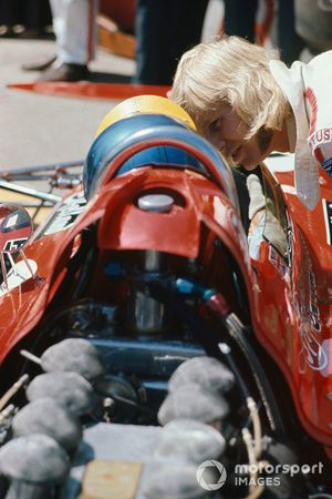 Reine Wisell, Lotus, con Ronnie Peterson, March 711 Ford