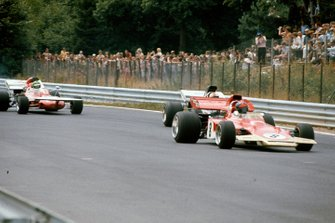 Emerson Fittipaldi, Lotus 72D Ford, Rolf Stommelen, Surtees TS9 Ford, Henri Pescarolo, March 711 Ford