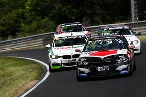 #488 BMW 330i: Carl-Friedrich Kolb, Rasmus Helmich, Philip Schauerte