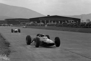 Jim Clark, Lotus 33 Climax, leads Lorenzo Bandini, Ferrari 156 Aero