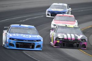 Ricky Stenhouse Jr., JTG Daugherty Racing, Chevrolet Camaro Kroger, Jimmie Johnson, Hendrick Motorsports, Chevrolet Camaro Ally