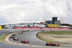 Renn-Action beim GP Europa 2007 auf dem Nürburgring: Markus Winkelhock, Spyker F8-VII, führt