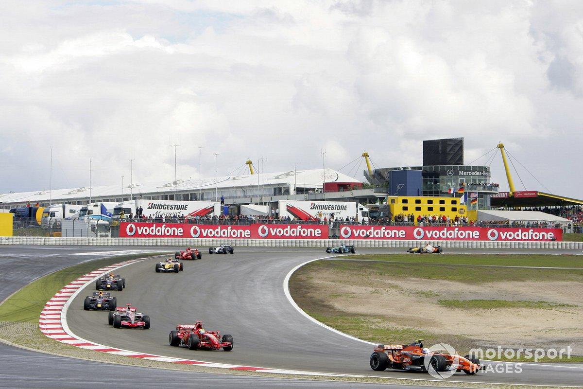 ... fuhr die Formel 1 unter anderem noch auf dem Nürburgring, in Magny-Cours und Indianapolis.
