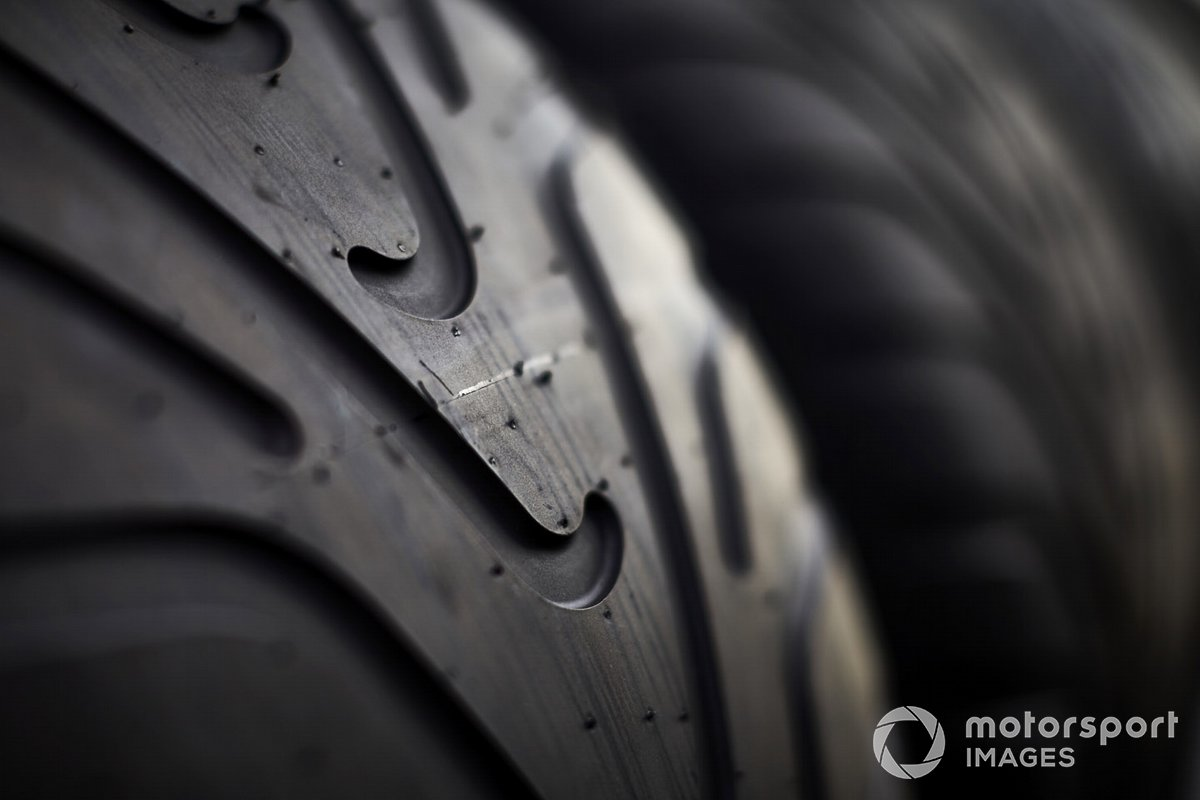 Detalle del neumático Pirelli