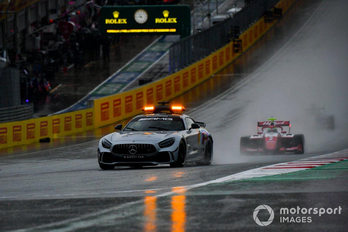 El Safety Car delante de Frederik Vesti, Prema Racing