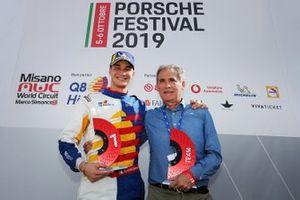 Diego Bertonelli, Q8 Hi Perform, sul podio