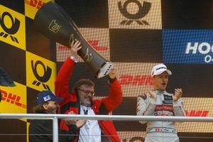 Champion ship Podium: Manufacturer winner Hans-Joachim Rothenpieler, Member of the board, Audi AG