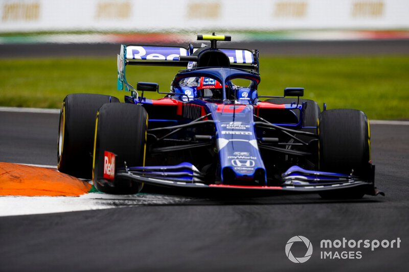 17: Pierre Gasly, Toro Rosso STR14, 1'21.125 (back of grid start)