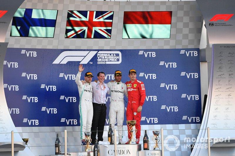 Podio: ganador Lewis Hamilton, Mercedes AMG F, segundo lugar Valtteri Bottas, Mercedes AMG F1 y el tercer lugar Charles Leclerc, Ferrari