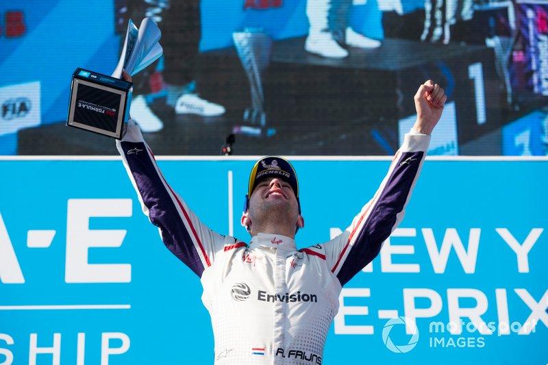 Robin Frijns, Envision Virgin Racing, Audi e-tron FE05, festeggia sul podio