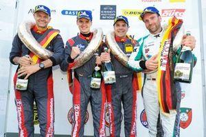 #435 Porsche Cayman S: Wolfgang Weber, Alex Fielenbach, Roberto Falcon, Hendrik Still