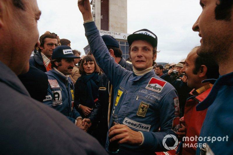 Niki Lauda and Clay Regazzoni, Ferrari celebrate