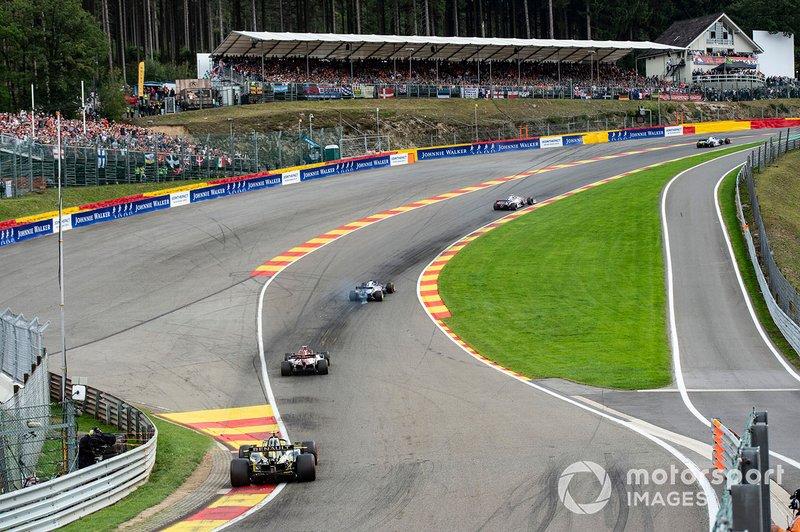 Lance Stroll, Racing Point RP19, Daniil Kvyat, Toro Rosso STR14, Antonio Giovinazzi, Alfa Romeo Racing C38, y Nico Hulkenberg, Renault F1 Team R.S. 19
