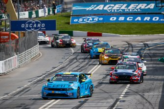 Тед Бьорк, Cyan Racing Lynk & Co, Lynk & Co 03 TCR, и Норберт Михелис, BRC Hyundai N Squadra Corse, Hyundai i30 N TCR