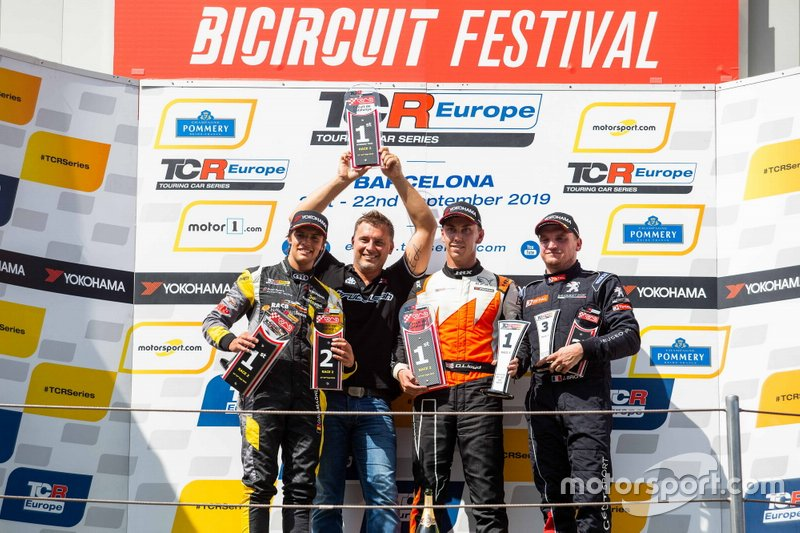 Podio: il vincitore della gara Daniel Lloyd, Brutal Fish Racing Team Honda Civic Type R, secondo classificato Gilles Magnus, Comtoyou Racing Audi RS 3 LMS, terzo classificato Julien Briché, JSB Compétition Peugeot 308 TCR