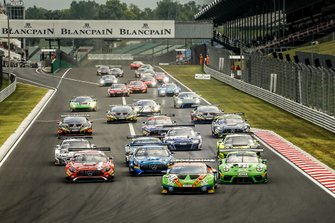 Start der Blancpain Sprint Series 2019 auf dem Hungaroring in Budapest