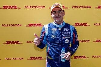 Pole sitter Norbert Michelisz, BRC Hyundai N Squadra Corse Hyundai i30 N TCR