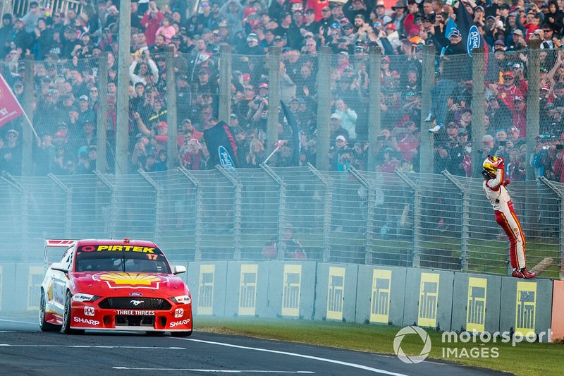 Le vainqueur Scott McLaughlin, DJR Team Penske Ford