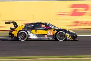 #57 TEAM PROJECT 1 - Porsche 911 RSR: Ben Keating, Jeroen Bleekemolen, Felipe Fraga