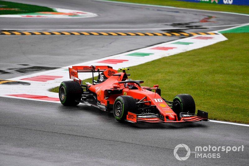 Charles Leclerc, Ferrari SF90, taglia la curva