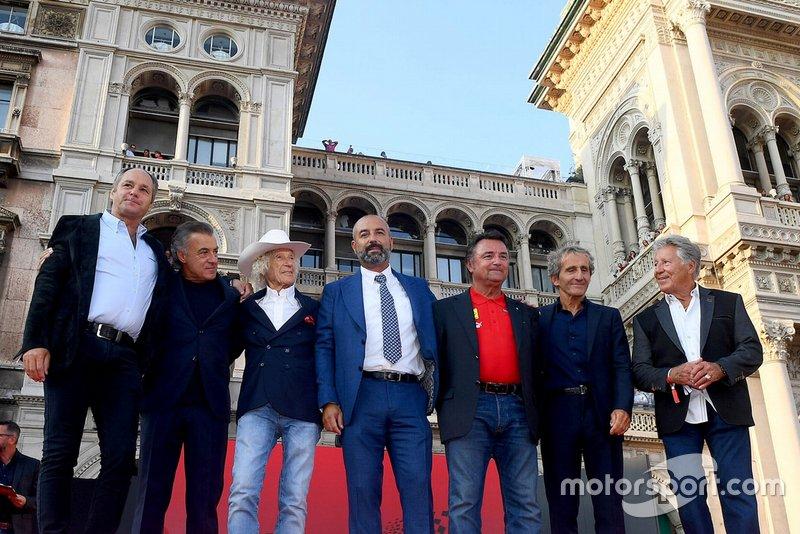 Foto di gruppo dei piloti della Ferrari