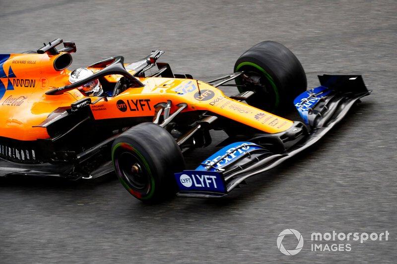 8. Carlos Sainz Jr., 99 GPs (2015 -...), o melhor resultado é o 4° lugar em Singapura 2017.
