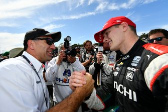Josef Newgarden, Team Penske Chevrolet, Ron Ruzewski celebrate the championship
