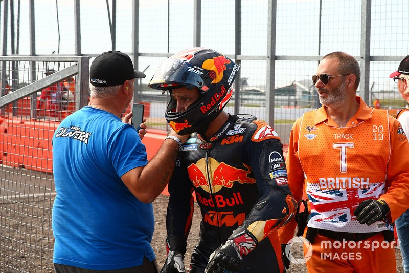 Sturz: Johann Zarco, Red Bull KTM Factory Racing