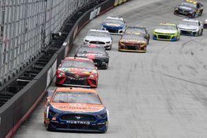 Brad Keselowski, Team Penske, Ford Discount Tire, Kyle Busch, Joe Gibbs Racing, Toyota Camry Skittles