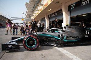 Valtteri Bottas, Mercedes AMG W10, quittant son garage