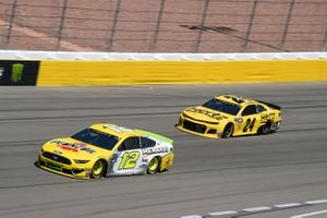 Ryan Blaney, Team Penske, Ford Mustang Menards/Pennzoil Ford William Byron, Hendrick Motorsports, Chevrolet Camaro Hertz