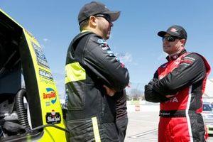 David Gilliland, DGR-Crosley, Toyota Tundra Fred's , Matt Crafton, ThorSport Racing, Ford F-150 Ideal Door/Menards