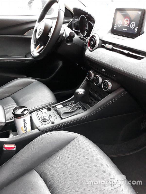 Інтер'єр в Mazda CX-3