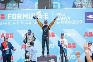 Jean-Eric Vergne, DS TECHEETAH, 1st position, celebrates on the podium alongside Oliver Rowland, Nissan e.Dams, 2nd position, Antonio Felix da Costa, BMW I Andretti Motorsports, 3rd position