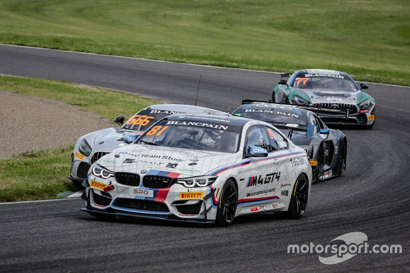 #81 BMW Team Studie BMW M4 GT4